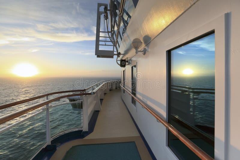 日落视图从游轮的 免版税图库摄影