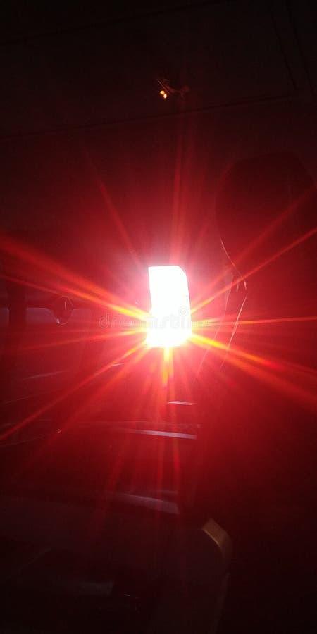 日落通过窗口 库存照片