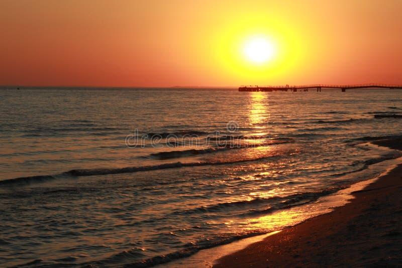 日落 黑海 Kinburn唾液 美丽的天空 库存图片