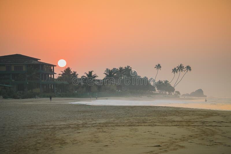 日落 Koggala海滩,斯里兰卡 免版税图库摄影