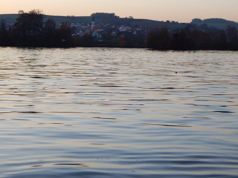 日落ath Donau 库存照片