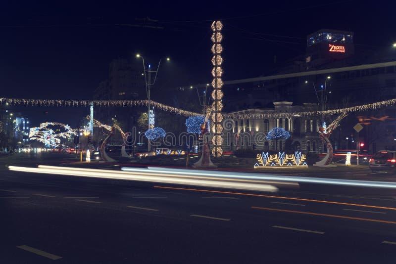 13日DEC 2018年,罗马尼亚,Bulevardul尼古拉13 DEC 2018年,罗马尼亚,布加勒斯特圣诞节的Bulevardul尼古拉伯尔切斯库中心 免版税库存照片