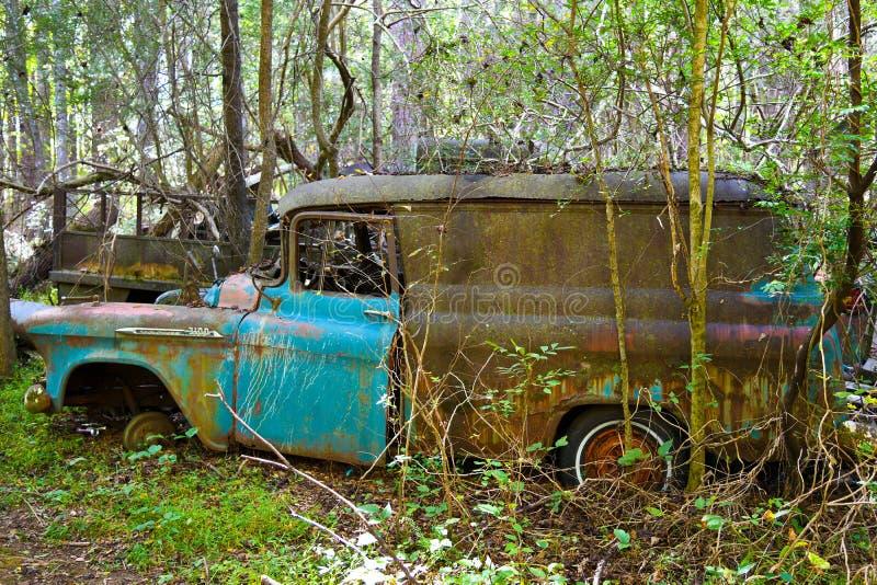旧废车 免版税库存照片
