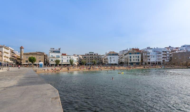 旧港口在l `埃斯卡拉,肋前缘Brava,省希罗纳,西班牙 免版税图库摄影