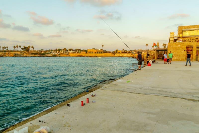 旧港口的日落视图,在Caesare 免版税库存图片