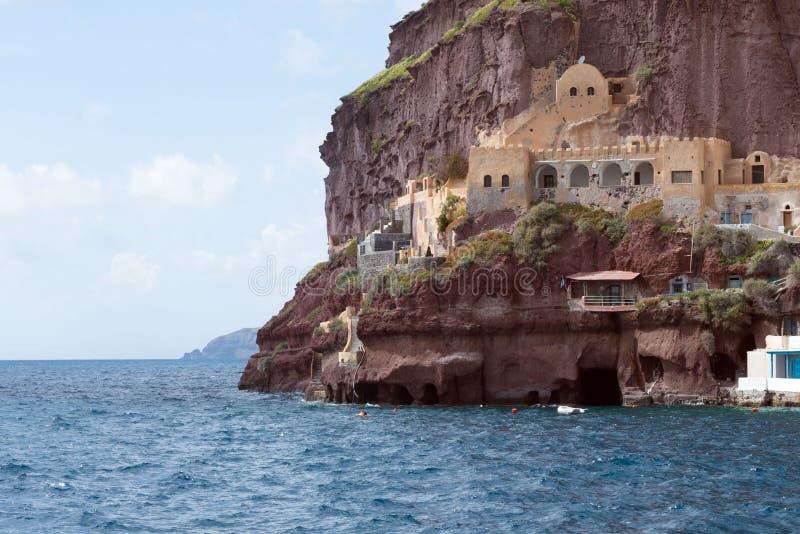 旧港口,爱琴海的美丽的景色在轮胎希腊城市 ??santorini 库存图片