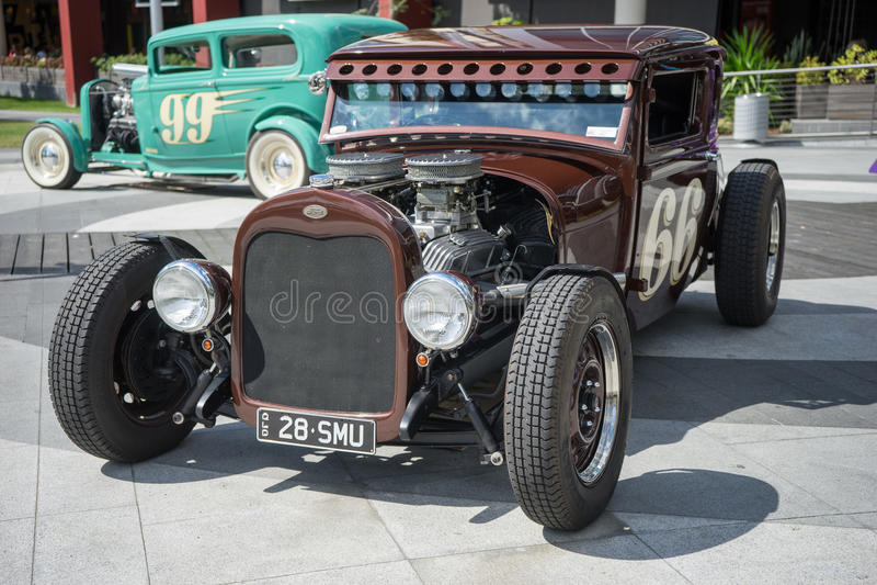 旧车改装的高速马力汽车车展 免版税库存图片