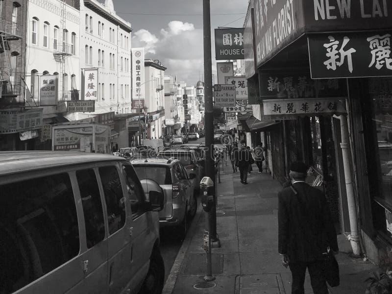 旧金山经营,加利福尼亚,美国 走在旧金山经营的瓷镇的04/05/2019 免版税库存图片