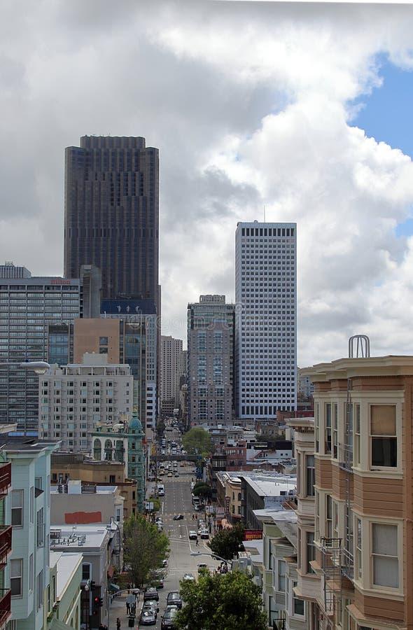 旧金山美好的都市看法从通信机小山的 免版税库存照片