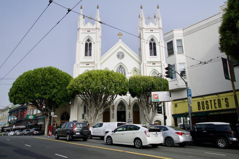 旧金山,加利福尼亚,美国- 2018年11月25日:圣弗朗西斯全国寺庙阿西西,美丽老 库存图片