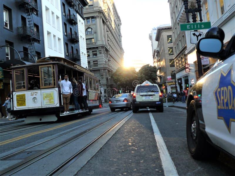 旧金山,在路轨的典型的交通工具 库存图片