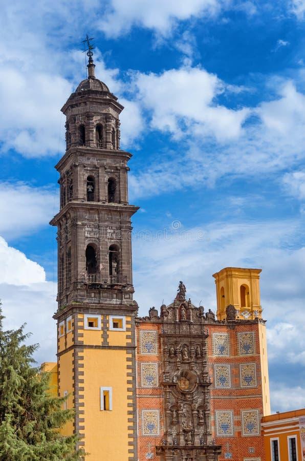 旧金山Templo de普埃布拉,墨西哥旧金山教会  免版税图库摄影