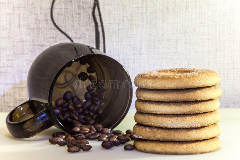 早晨咖啡和曲奇饼 库存图片