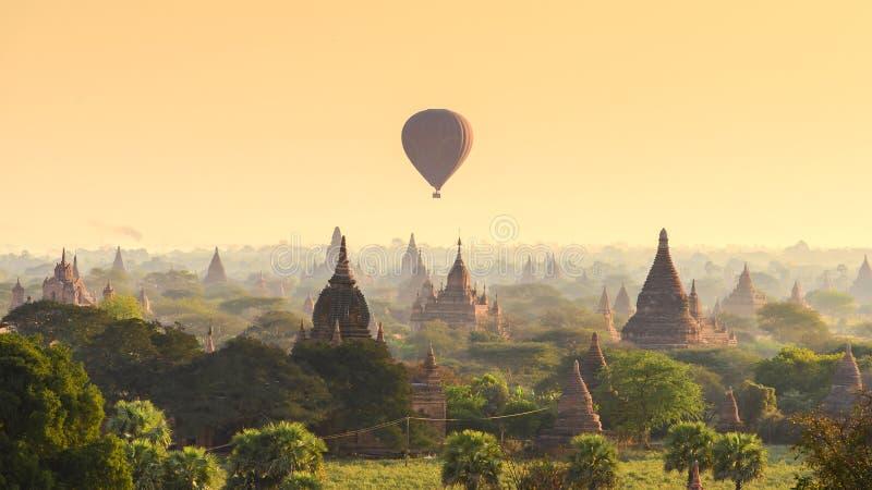早晨在Bagan 免版税库存图片