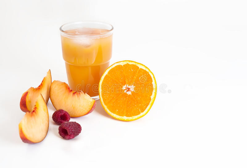 """早晨日出†""""桔子、桃子和莓汁 库存照片"""