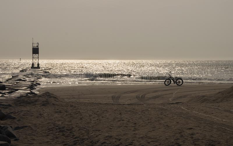 早晨海滩乘驾 库存图片