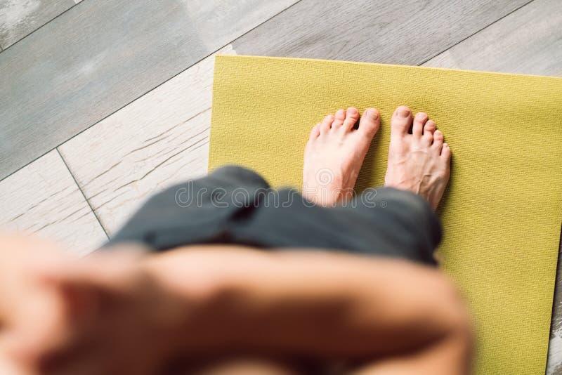 早晨锻炼健康习性体育健身脚 免版税库存图片