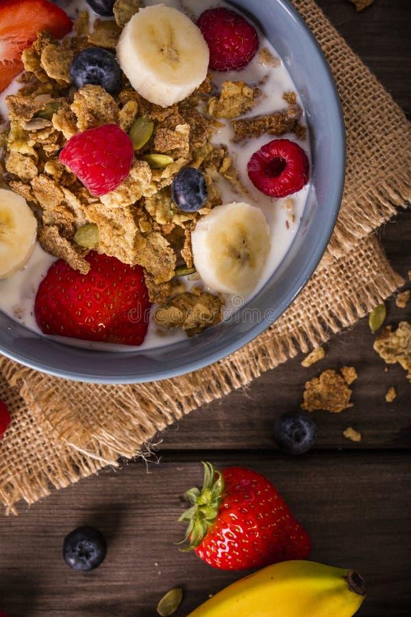 早餐谷物特写镜头顶视图 免版税图库摄影