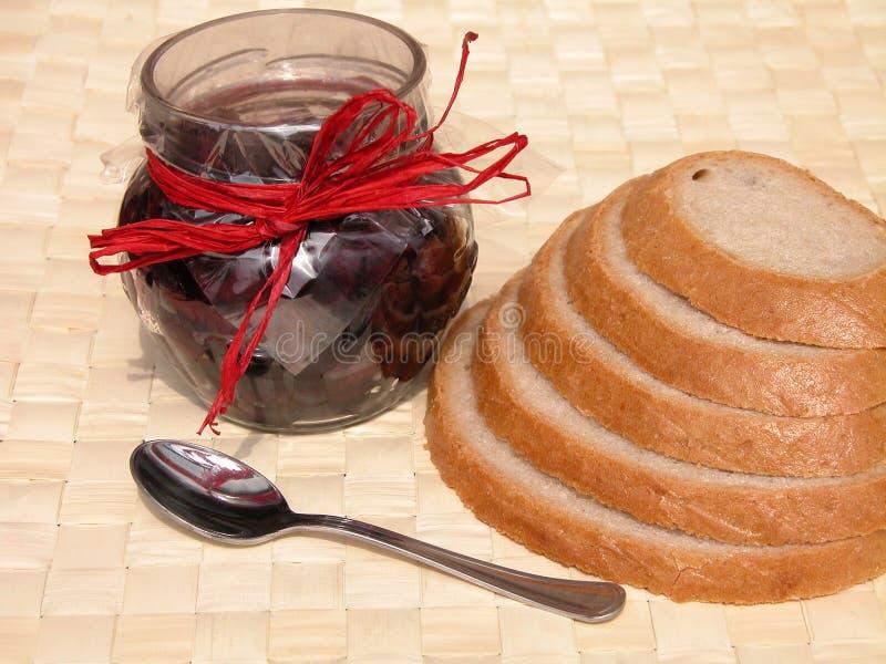 Download 早餐 库存照片. 图片 包括有 核对, 营养, 堵塞, 午餐, 大面包, 每天, 膳食, 樱桃, 制动手, 生活方式 - 187054