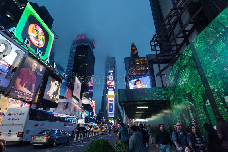 时代广场-夜交通时代广场,纽约,中间地区,曼哈顿 库存图片