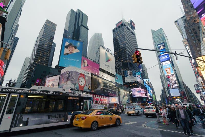 时代广场-夜交通时代广场,纽约,中间地区,曼哈顿 图库摄影