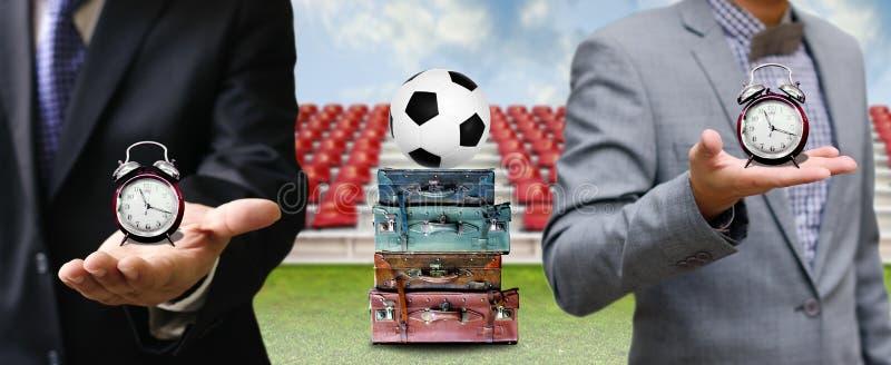 时刻为橄榄球企业概念旅行 库存图片