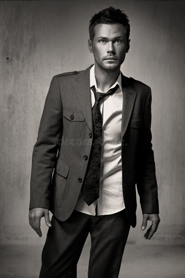 年轻时尚英俊的人模型 库存照片