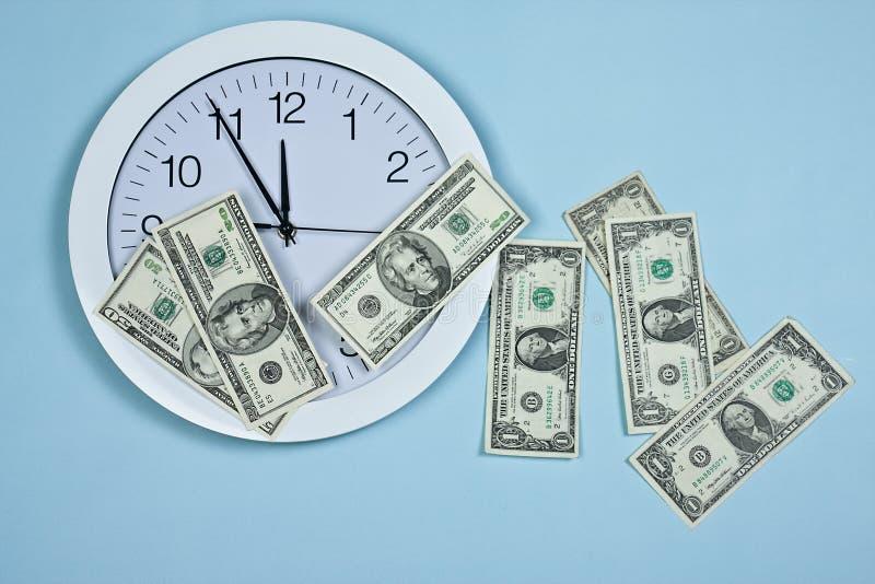 时钟货币 免版税库存图片