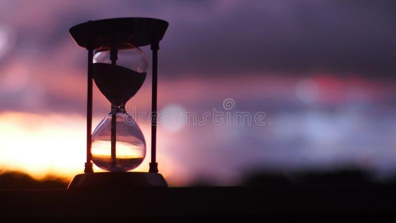 时间不停止,并且它逃脱我们 库存图片