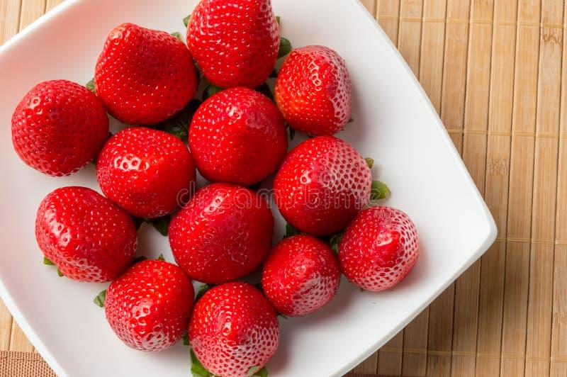 时间草莓  免版税库存照片