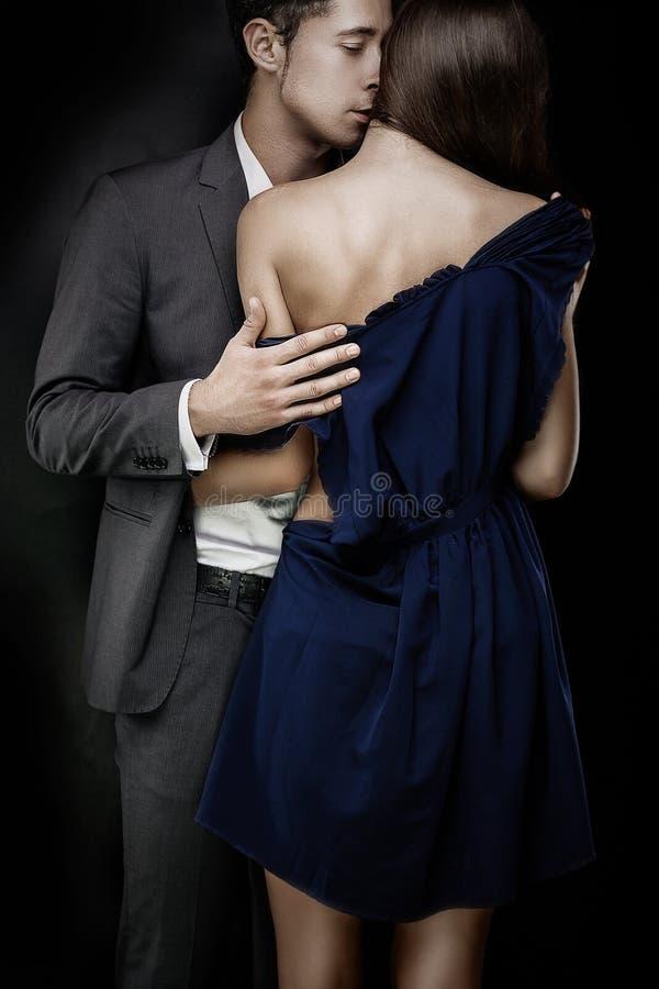 年轻时髦的夫妇 免版税图库摄影