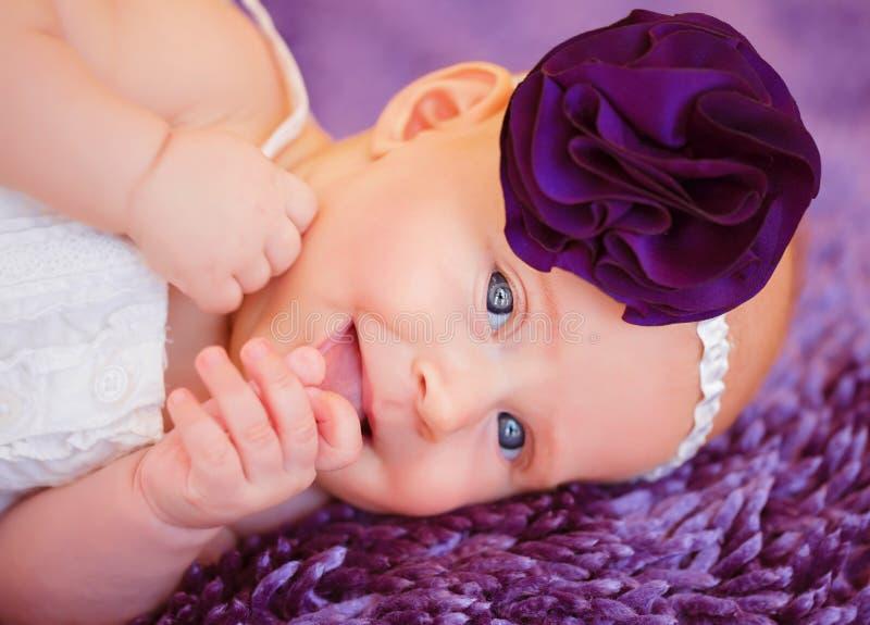 时髦的新出生的婴孩 库存图片