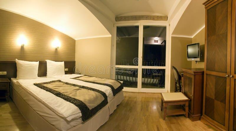 时髦的旅馆客房 免版税图库摄影