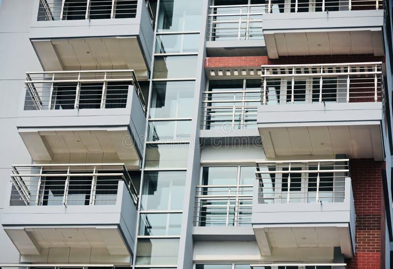 时髦的现代建筑大厦背景照片 图库摄影