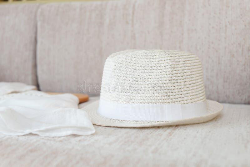 时髦的草帽 库存照片
