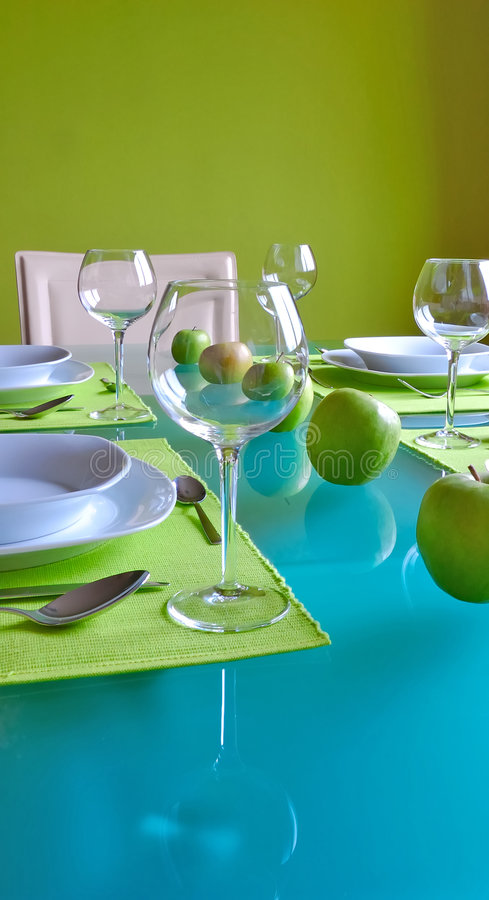 时髦的餐桌 库存图片