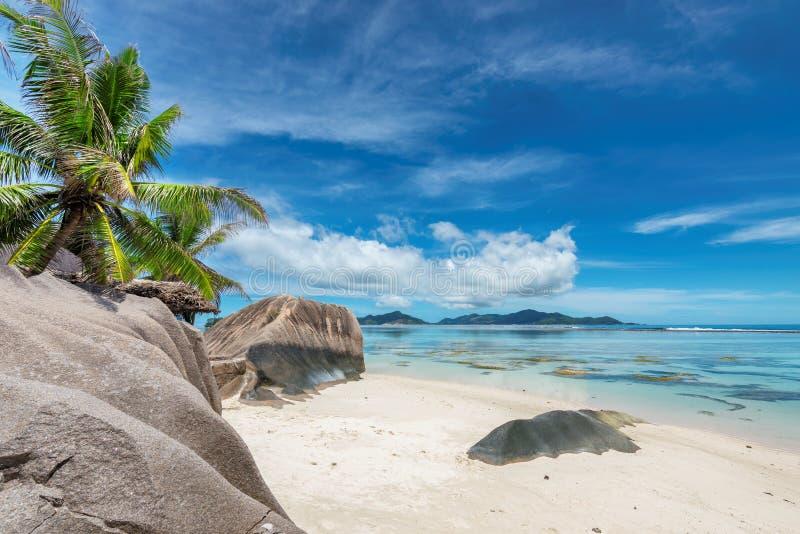 昂斯市来源d'银海滩,拉迪格岛, 免版税库存图片