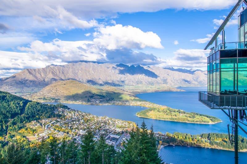 从昆斯敦地平线的美好的都市风景视图,新西兰 免版税库存照片