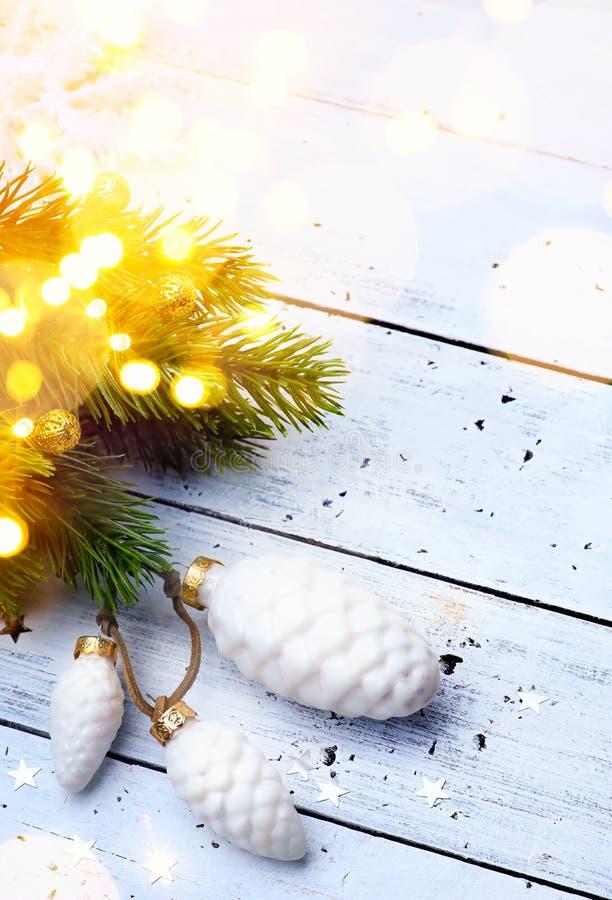 明亮的圣诞节;假日背景 免版税库存图片