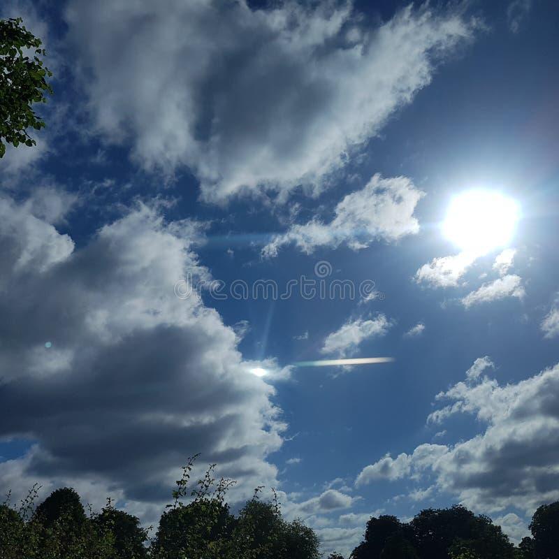 明亮的天空 库存图片