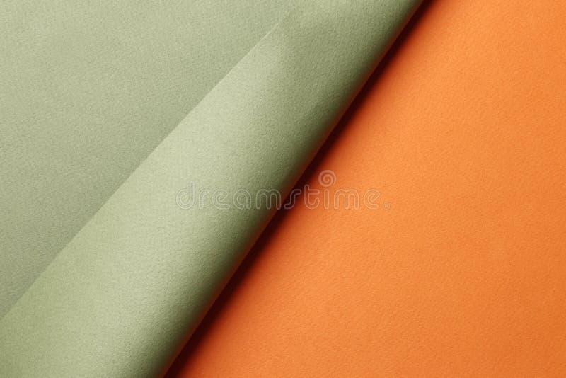 明亮的橙色和绿色摘要白纸背景 免版税库存图片