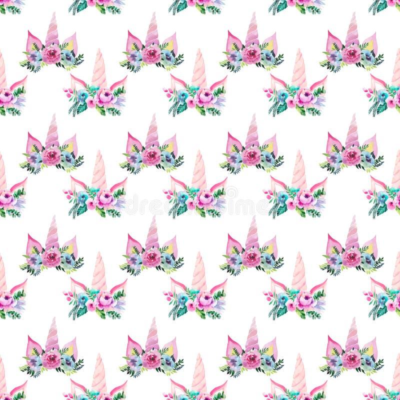 明亮的美好的独角兽的春天可爱的逗人喜爱的神仙的不可思议的五颜六色的样式与睫毛的在花卉嫩冠 免版税库存照片