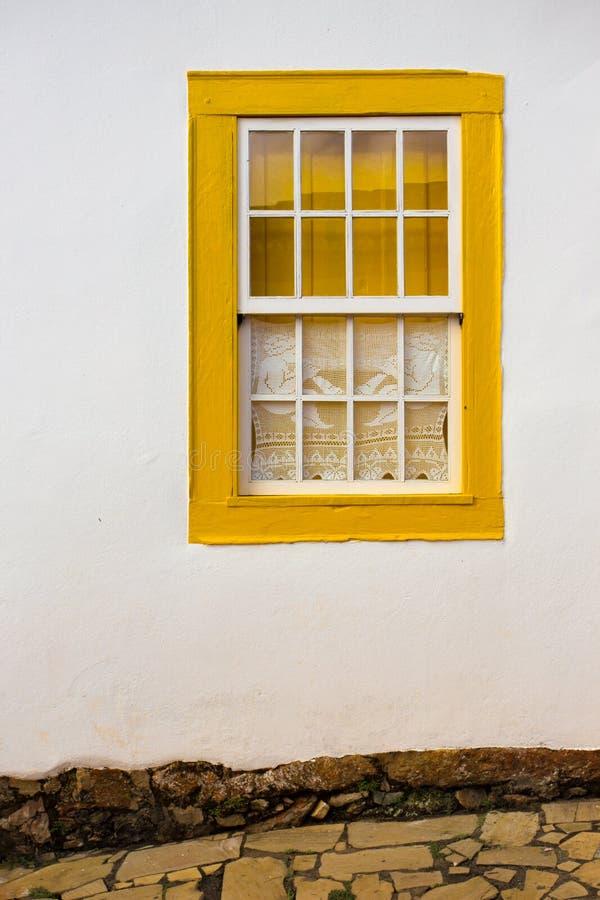 明亮的色的窗口 免版税库存图片