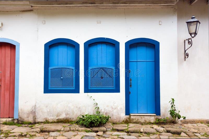 明亮的色的门面 免版税库存照片