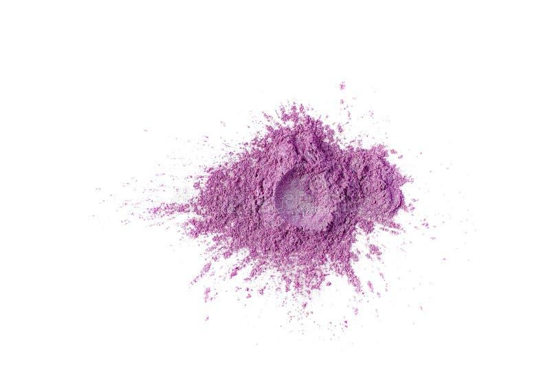 明亮的色的颜料 宽松化妆粉末 粉红彩笔在白色背景隔绝的眼影膏颜料,特写镜头 免版税库存图片