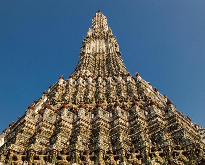 黎明寺在曼谷 免版税库存图片
