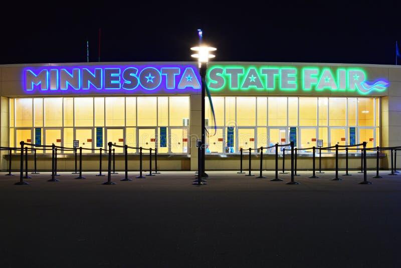 明尼苏达状态公平的售票亭在晚上 库存图片