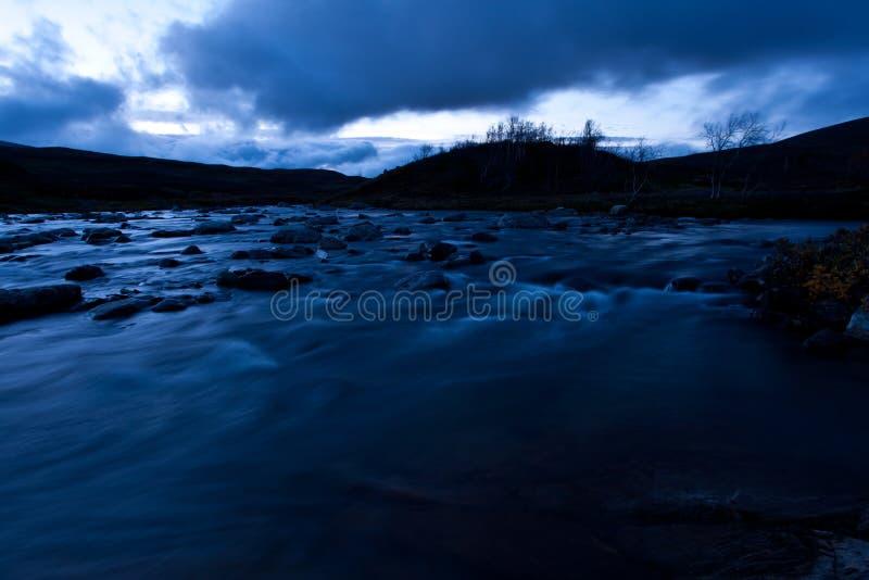 黎明的美丽的河 图库摄影