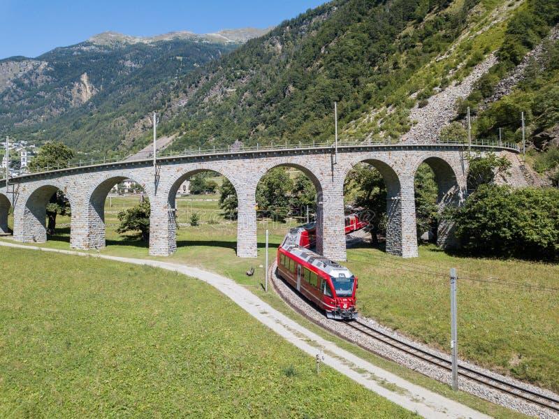 明确的Bernina审阅著名圆高架桥 图库摄影