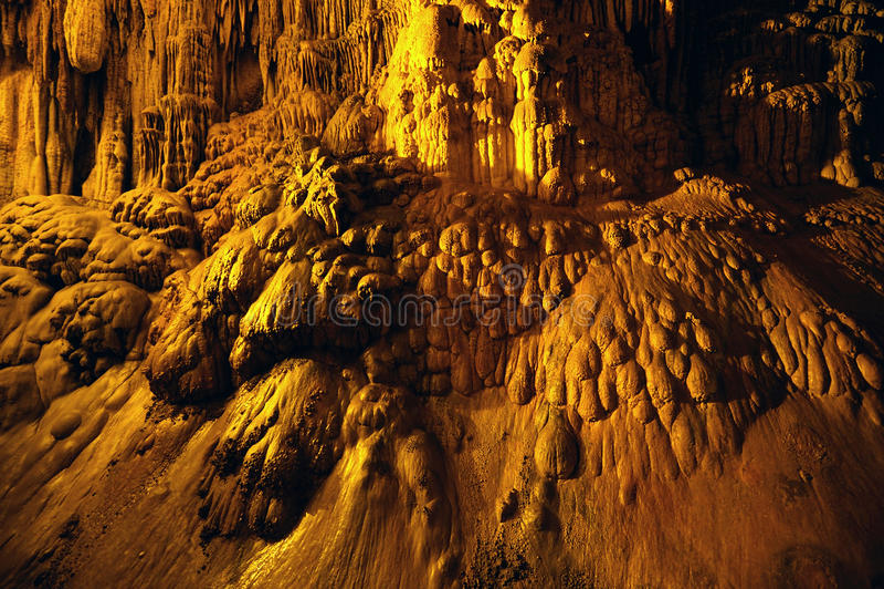 昏暗的Magarasi洞美丽的景色在土耳其 免版税库存照片